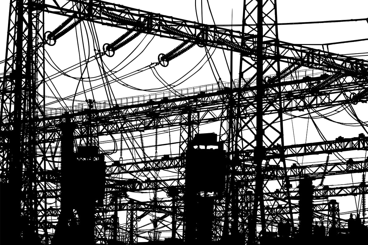 Power distribution system breakdown plunges Pakistan into darkness