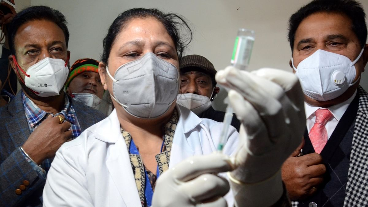 India registers 155 COVID-19 deaths, 14,849 new cases of infection