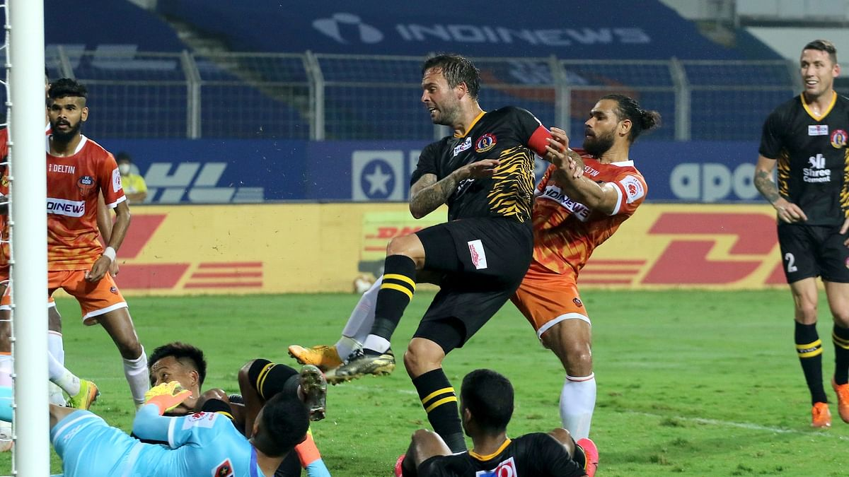 10-men Goa soak in East Bengal's dominance to salvage a point
