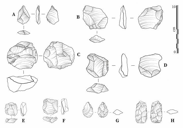 Lithics from Laminia (A-D) and Saxomununya (E-H). (A) unretouched flake; (B) bifacially retouched flake; (C) Levallois core evidencing a step fracture; (D) side retouched flake/scraper; (E, F) Levallois cores; (G) bifacial foliate point; (H) bifacial foliate.