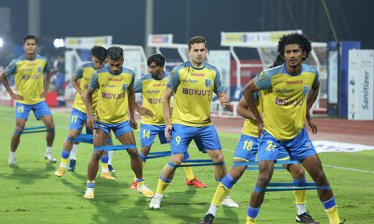 Kerala Blasters players working out ahead of their match against Mumbai FC in the Indian Super League at Bambolim on January 2, 2021.