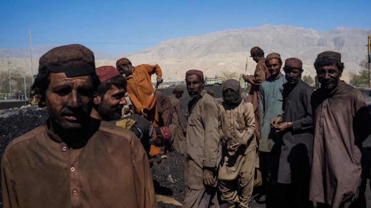 11 coal mine workers shot dead in Pakistan