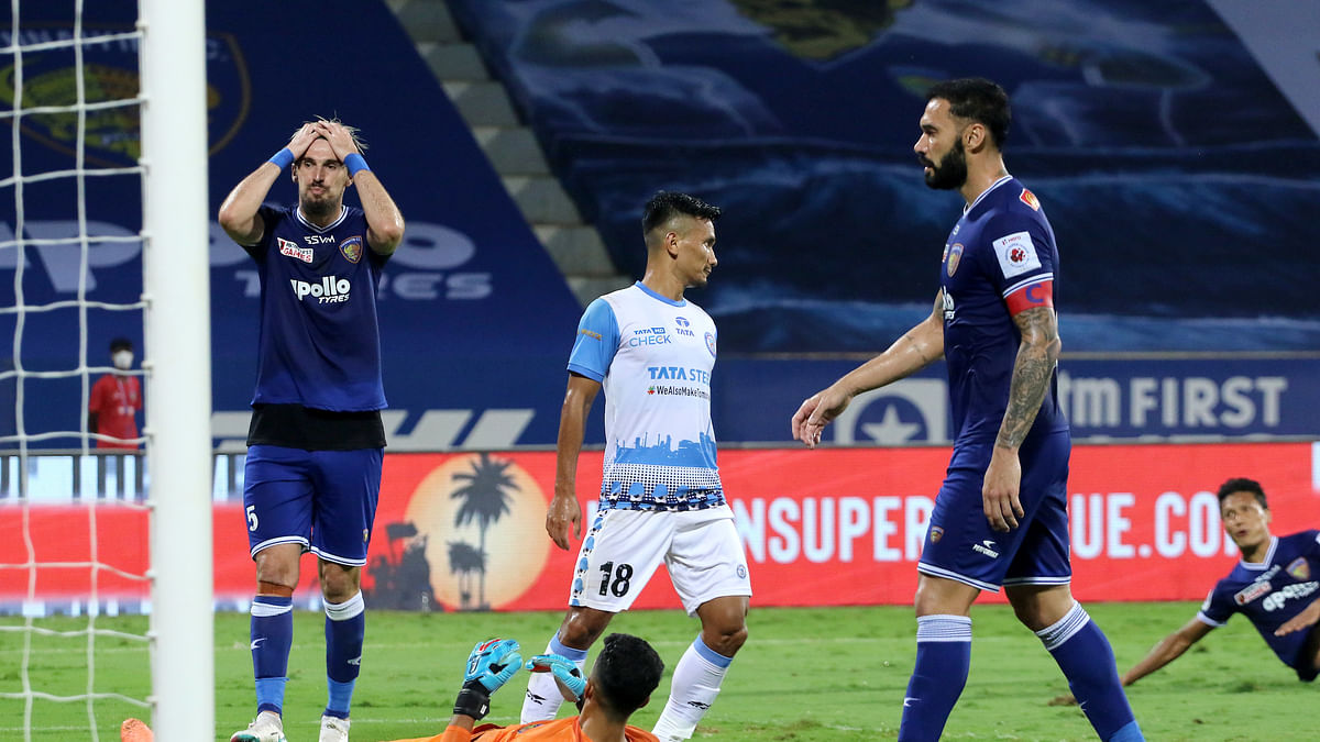 Jamshedpur playoff hopes afloat as Chennaiyin shoot themselves in the foot