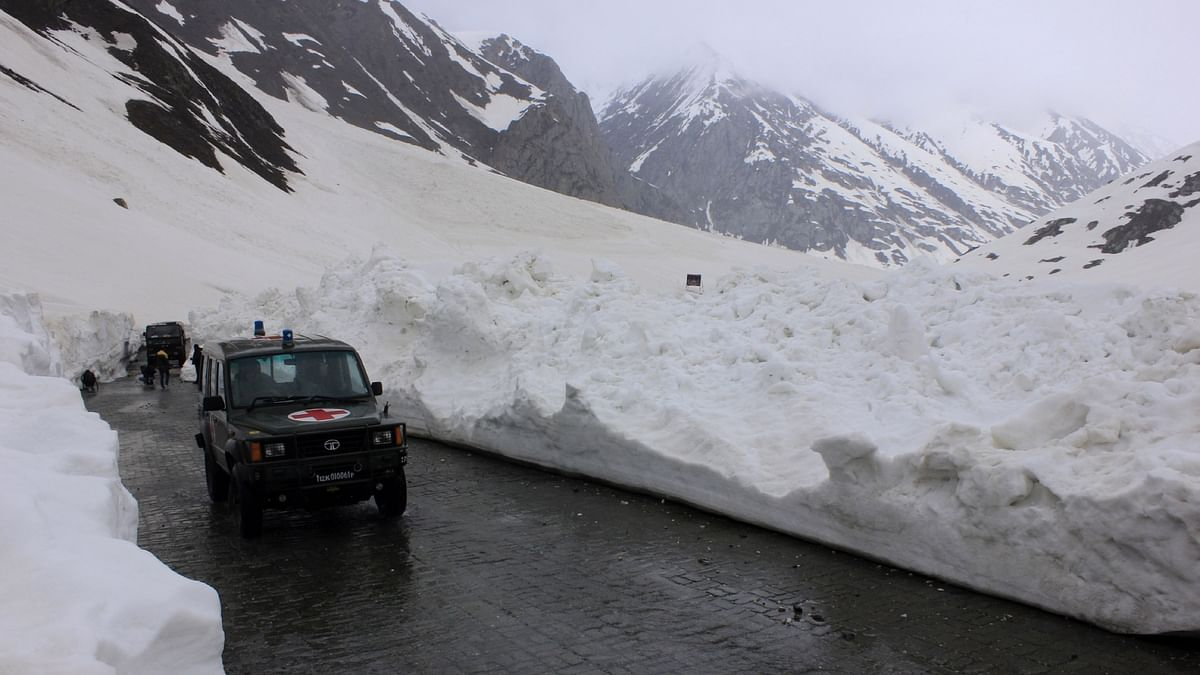 File photo of the Srinagar-Leh road