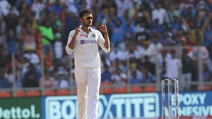 3rd Test: Patel takes 6 wkts as India bowl out England for 112