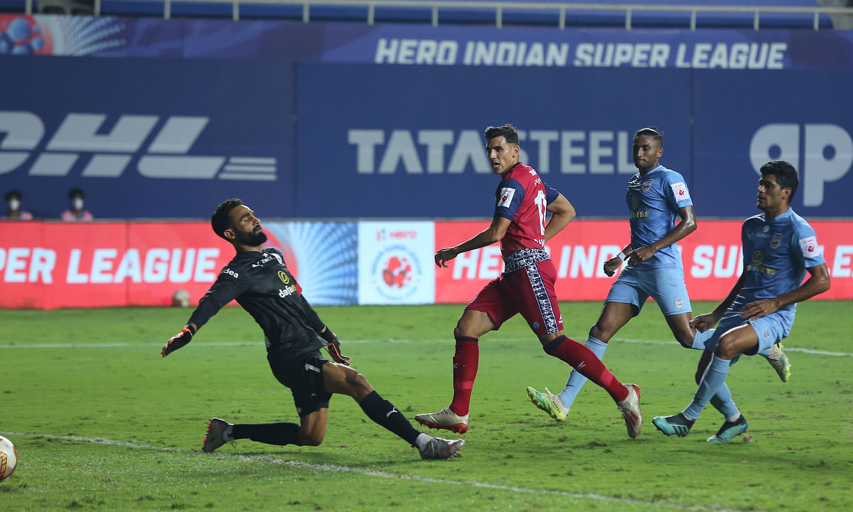 David Grande put the ball past Amrinder Singh to secure all three points for Jamshedpur FC against Mumbai City  FC in the Indian Super League at Vasco da Gama, Goa on February 20, 2021.