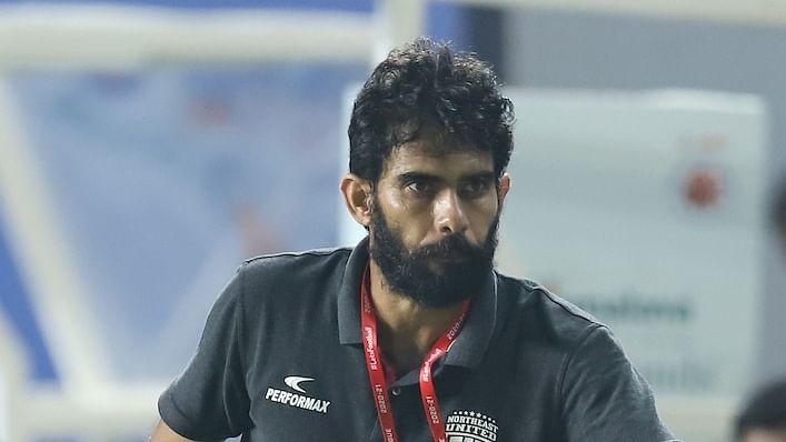 Football ISL: Hyderabad, NEUFC eye third place for playoff