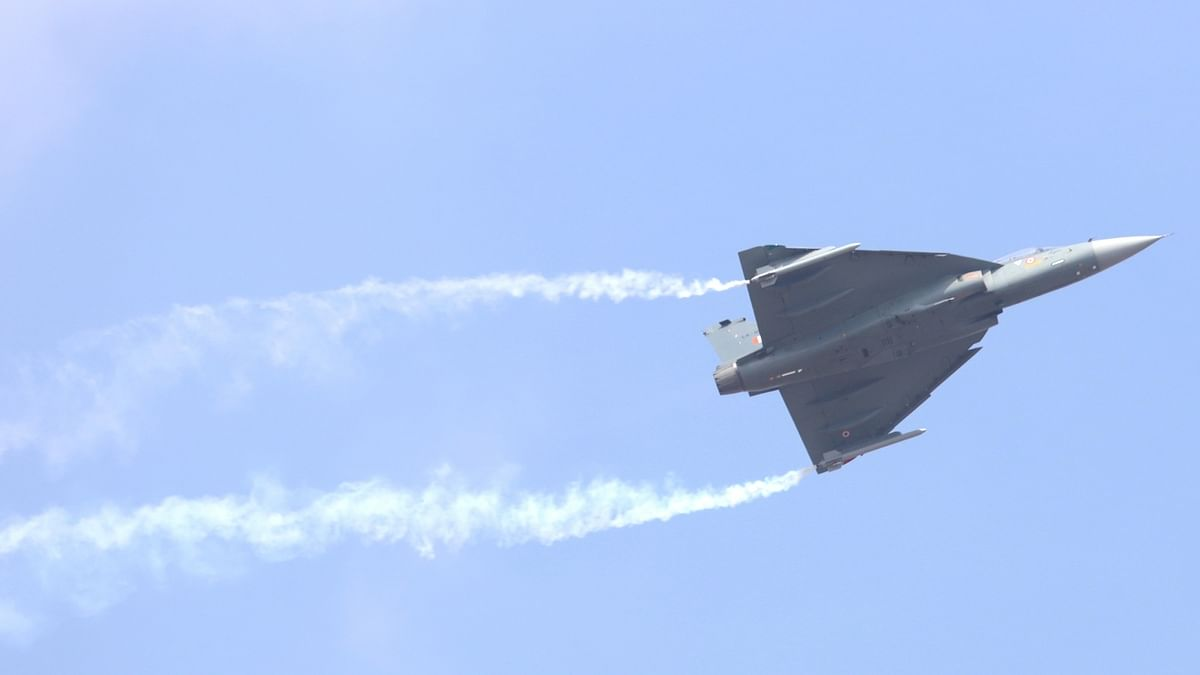India showcases its LCA Tejas as Aero India 2021 gets underway