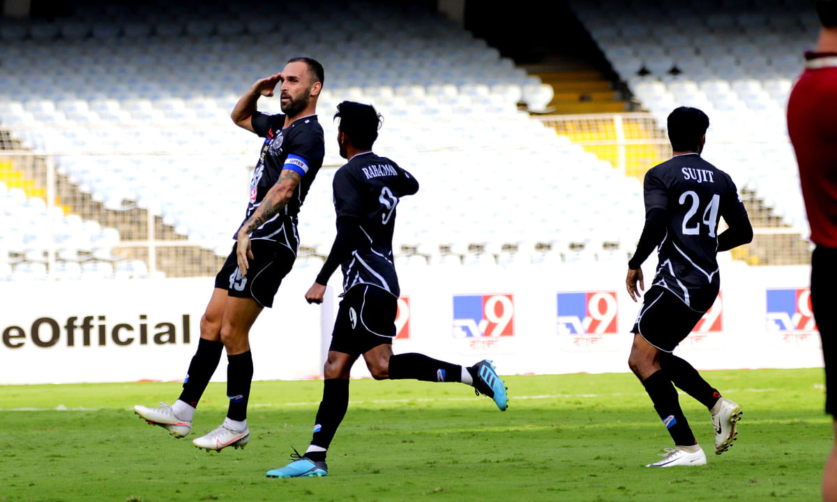 Football I League: Pedro Manzi's brace enables 10-man Mohammedan Sporting to beat Real Kashmir