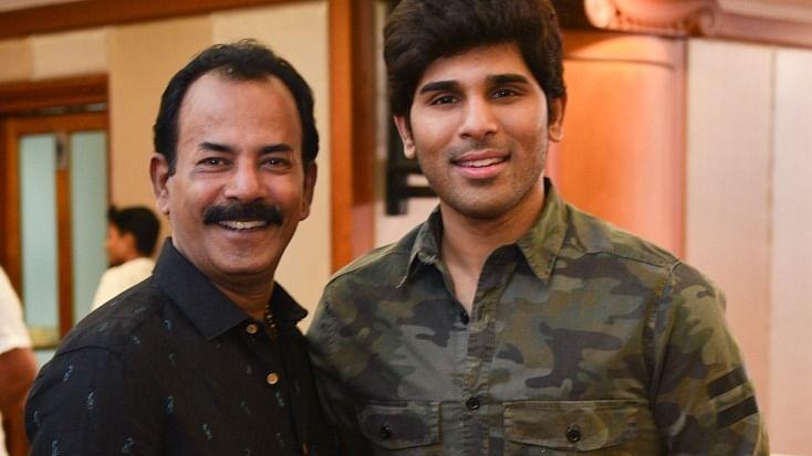 Kerala: Filmmaker Major Ravi present at Congress event, but silent on future