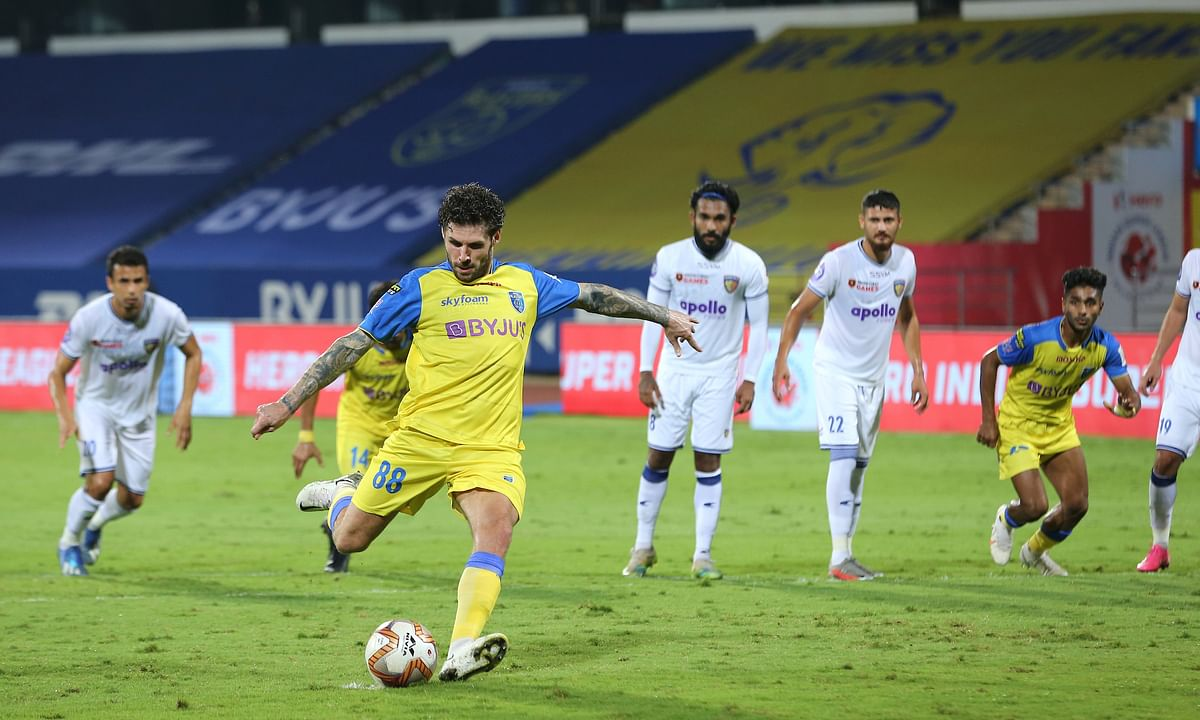Gary Hooper stepped up for Kerala Blasters to successfully convert the penalty kick against FC Chennaiyin in the Indian Super League, at Bambolim, Goa on February 21, 2021.