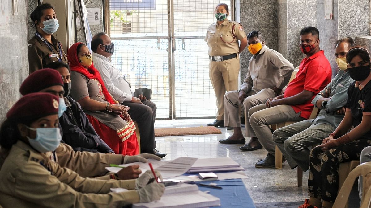 India registers 89 COVID-19 deaths, 17,407 new cases of infection