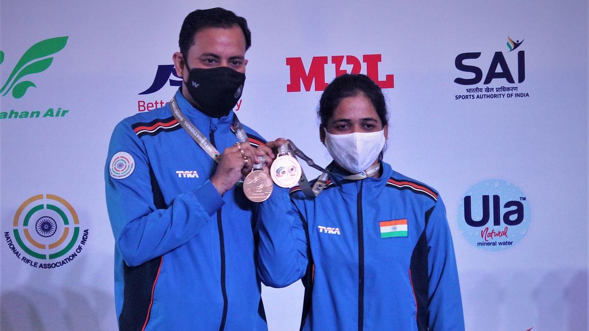 Sanjeev Rajput  and Tejaswini Sawant
