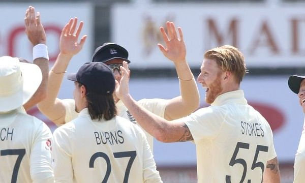 4th Test: England choose to bat first