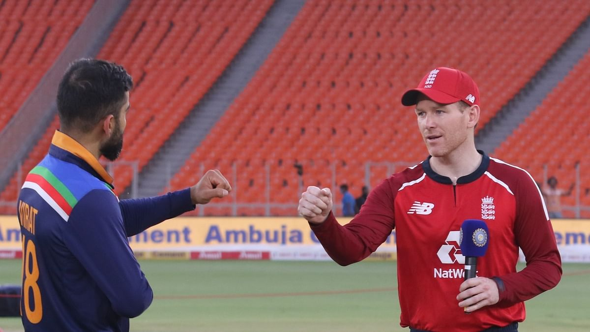 3rd T20I: England win toss, elect to field first