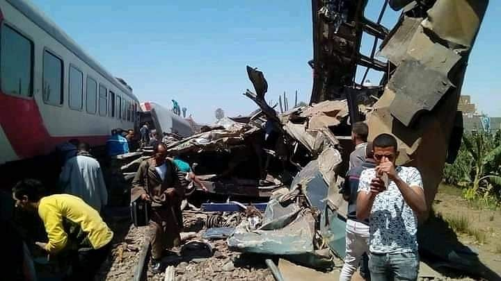 32 killed as two trains collide in southern Egypt