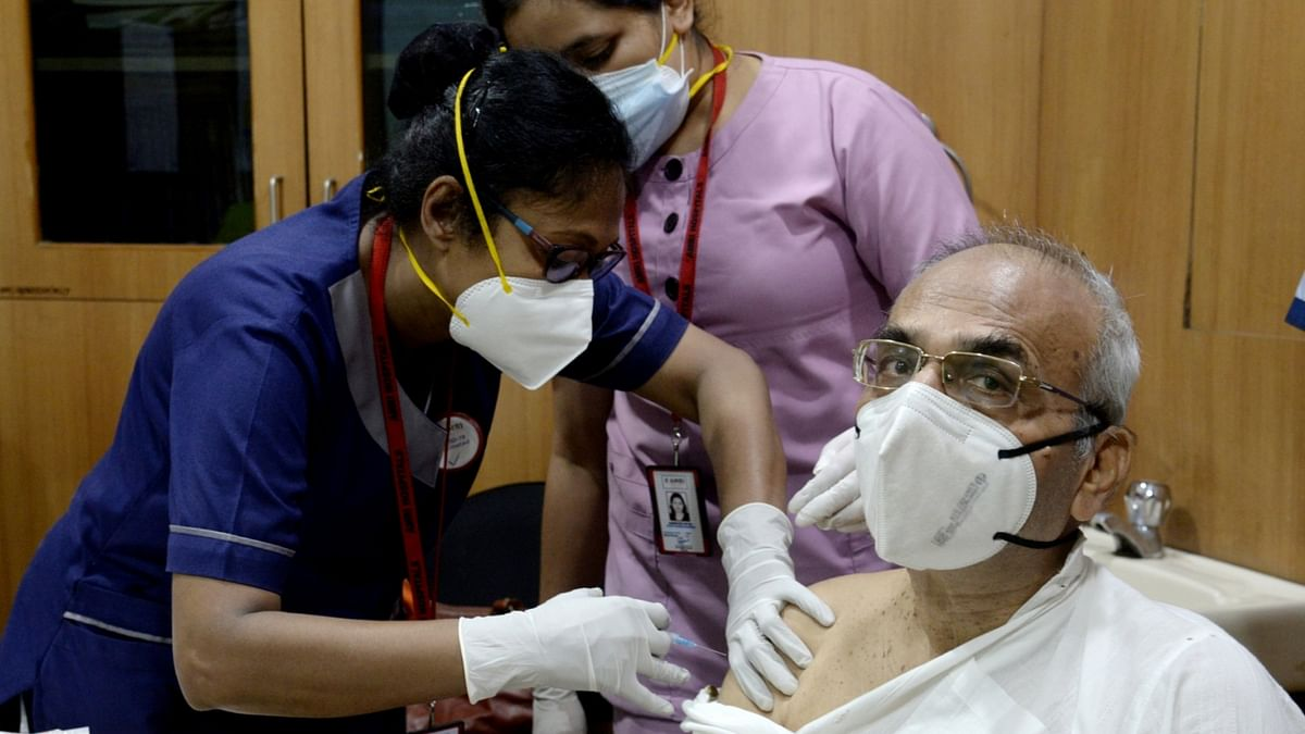 India reports 113 COVID-19 deaths, 16,838 new cases of infection
