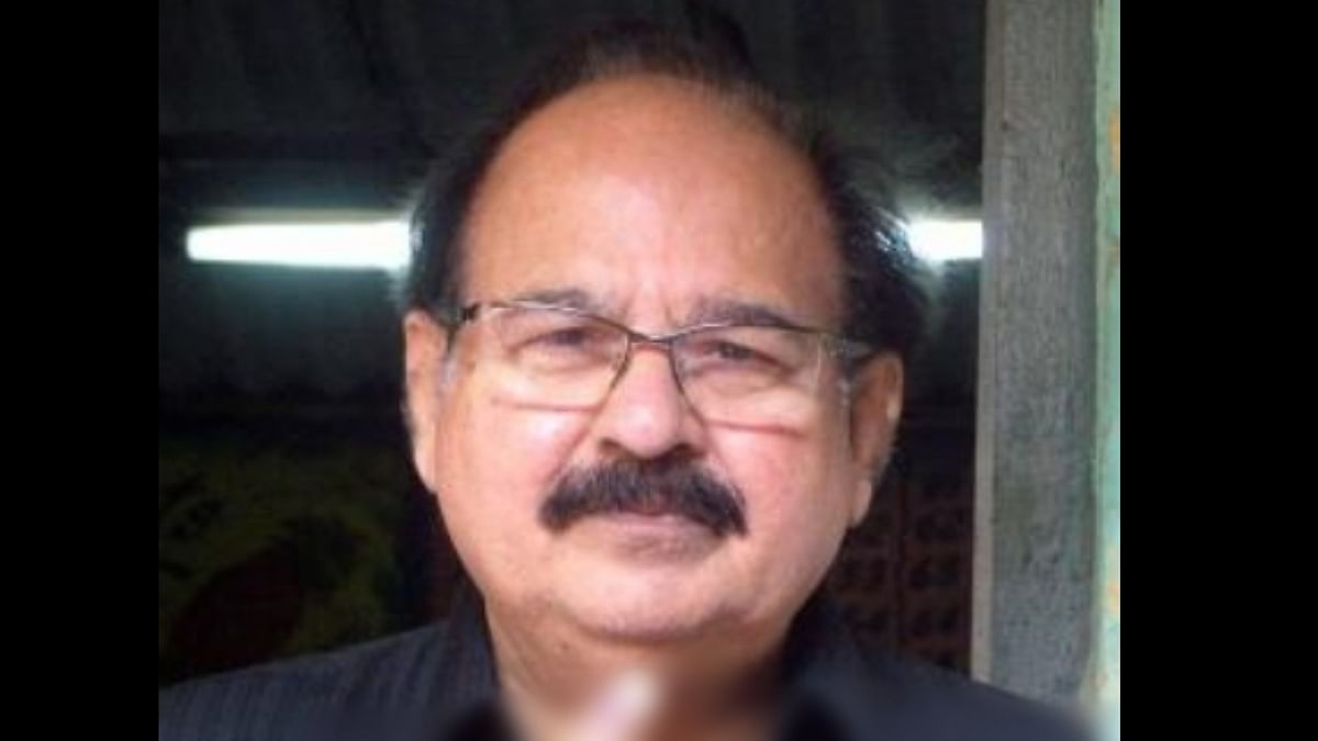 Former Delhi Minister A K Walia passes away due to Covid