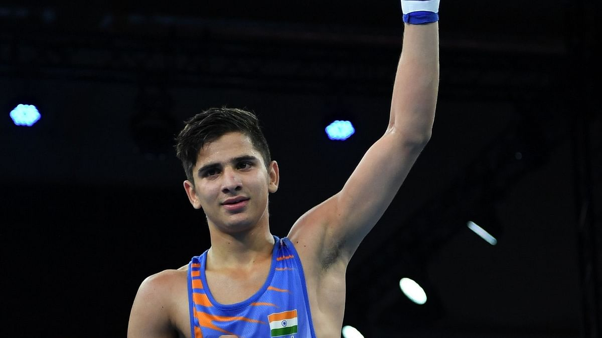 Sachin wins, India finishes with 11 medals, including 8 gold, at Youth World Boxing Championships