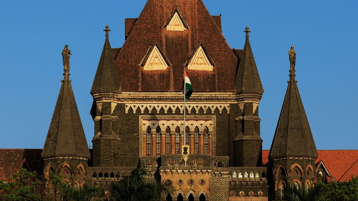Bombay HC orders Maharashtra to admit ailing Father Stan Swamy to private hospital