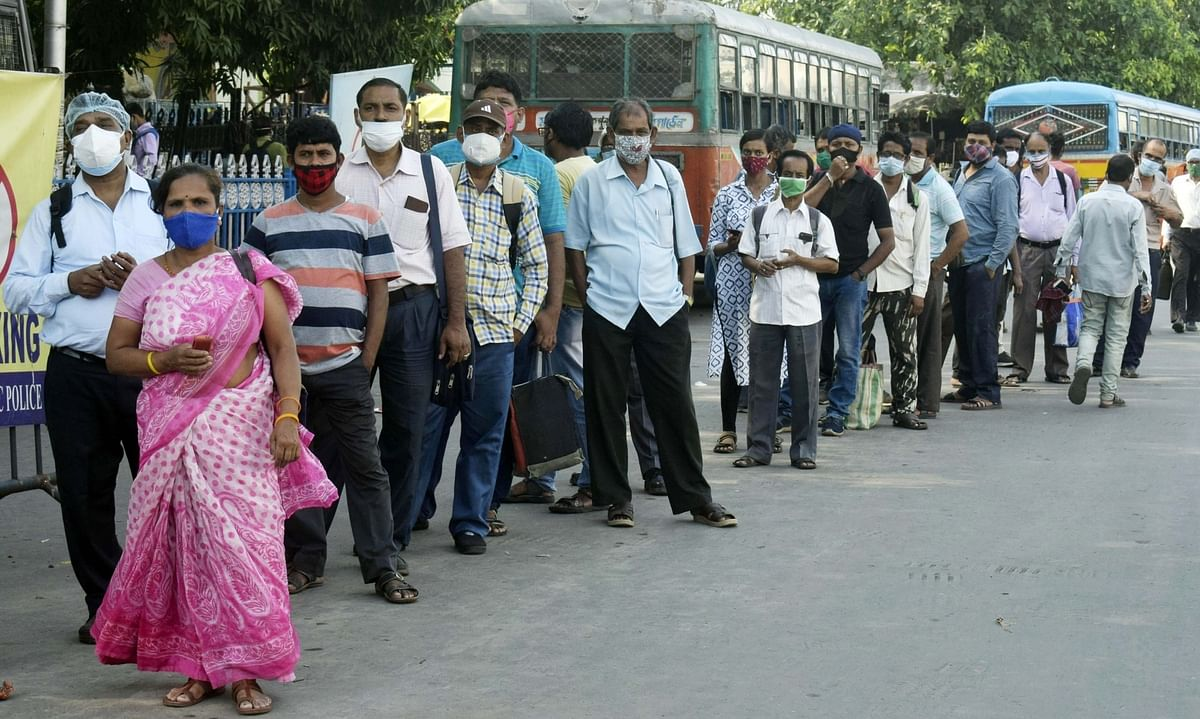India's COVID-19 deaths in 24 hours cross 4,000, new cases remain above 400,000
