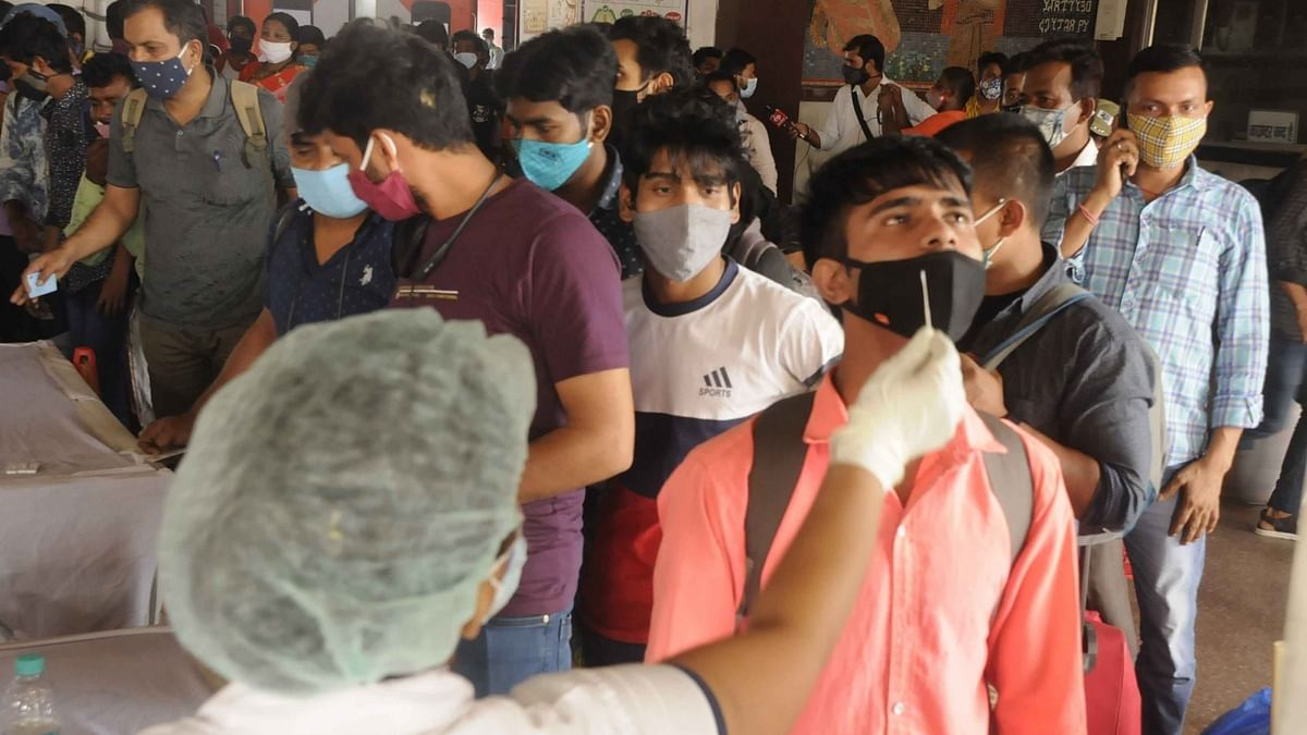 India reports 4,194 COVID-19 deaths, 257,299 new cases of infection