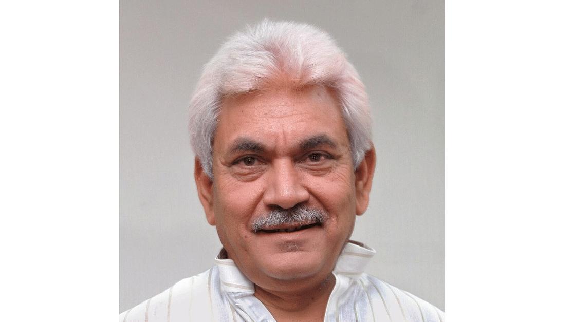LG dismisses Davinder Singh from J&K government service