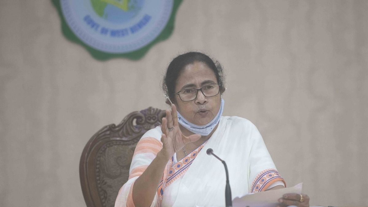 Justice Chanda recuses himself, but Mamata fined Rs 5 lakh by court
