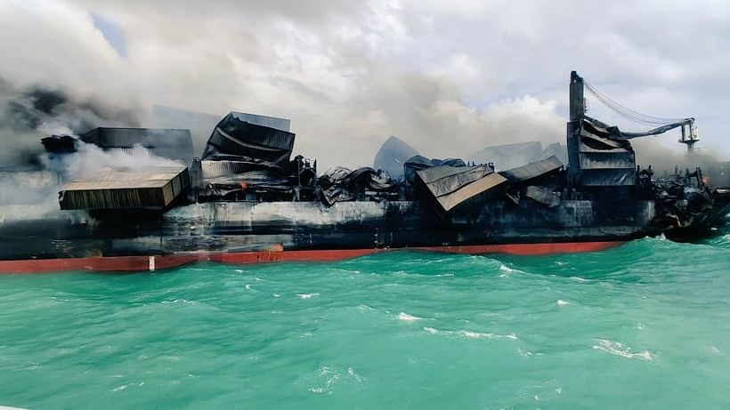 Indian Coast Guard continues efforts to control fire onboard container vessel off Colombo
