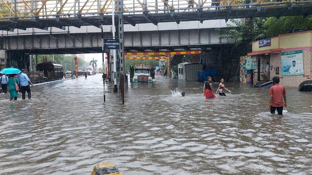 Monsoon rains arrive in Maharashtra; Trains, road traffic hit in Mumbai
