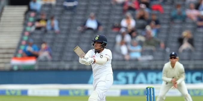 Women's Test: India collapse to 187/5 after solid start against England