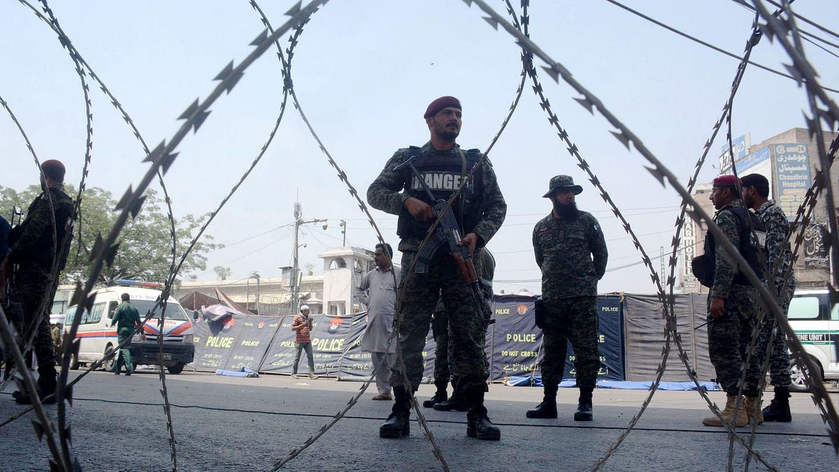 Pakistan: At least 12 injured in blast in Lahore