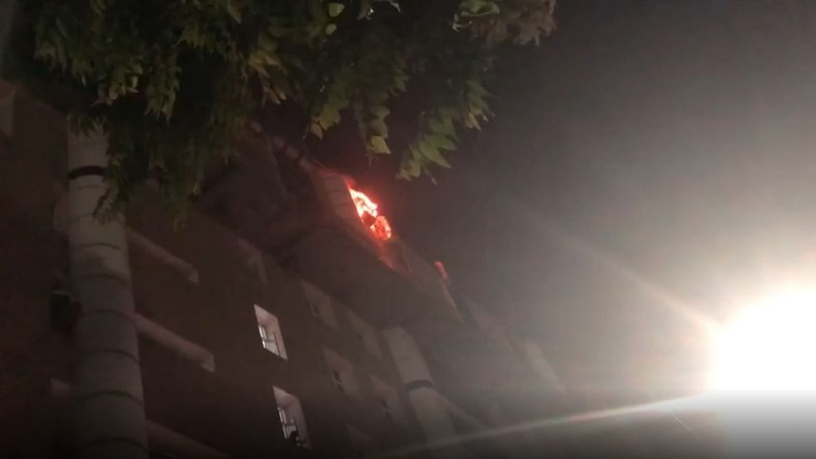 Fire at AIIMS, 22 fire tenders at spot