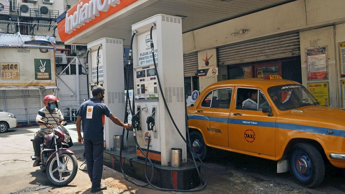 Petrol and diesel prices rise sharply as global oil climb continues