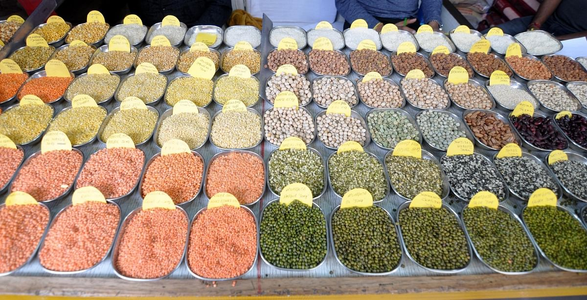Pulses importers exempted from stock limits, wholesalers' stock limit at 500 MT
