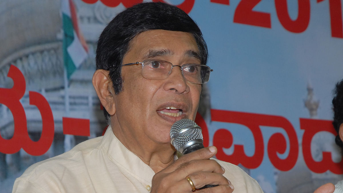 Congress leader Oscar Fernandes undergoes surgery, condition stable