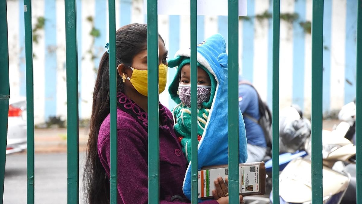 India logs 41,806 new COVID-19 cases, 581 deaths in last 24 hours