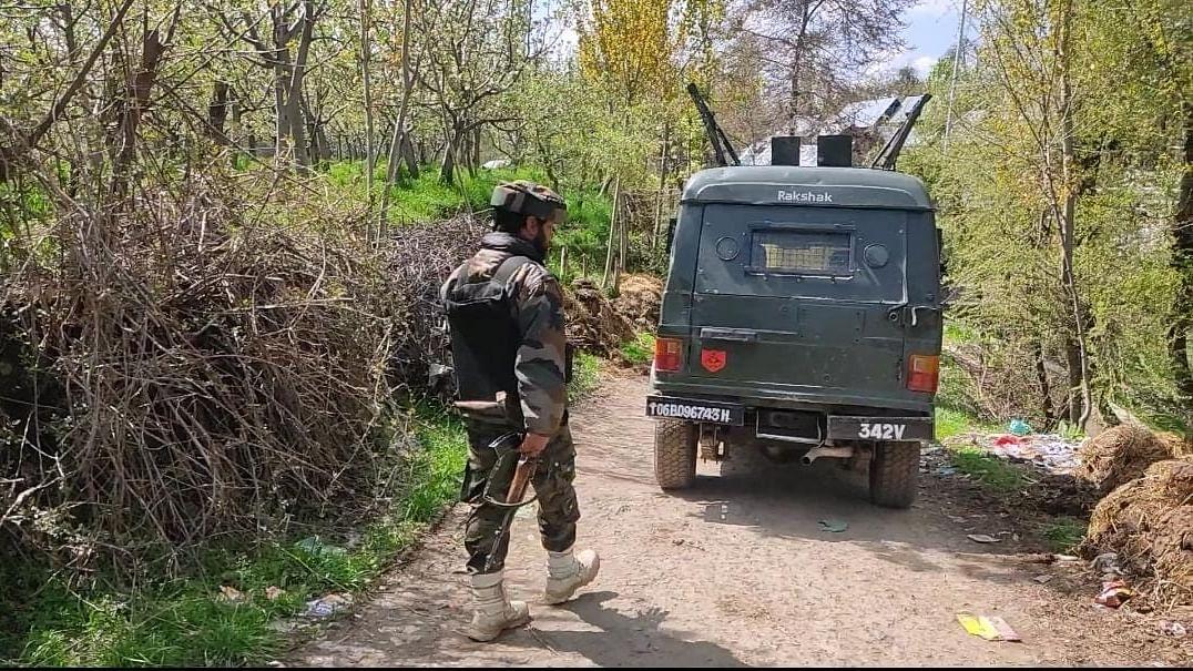 Kashmir: Terrorist killed in encounter in Bandipora district