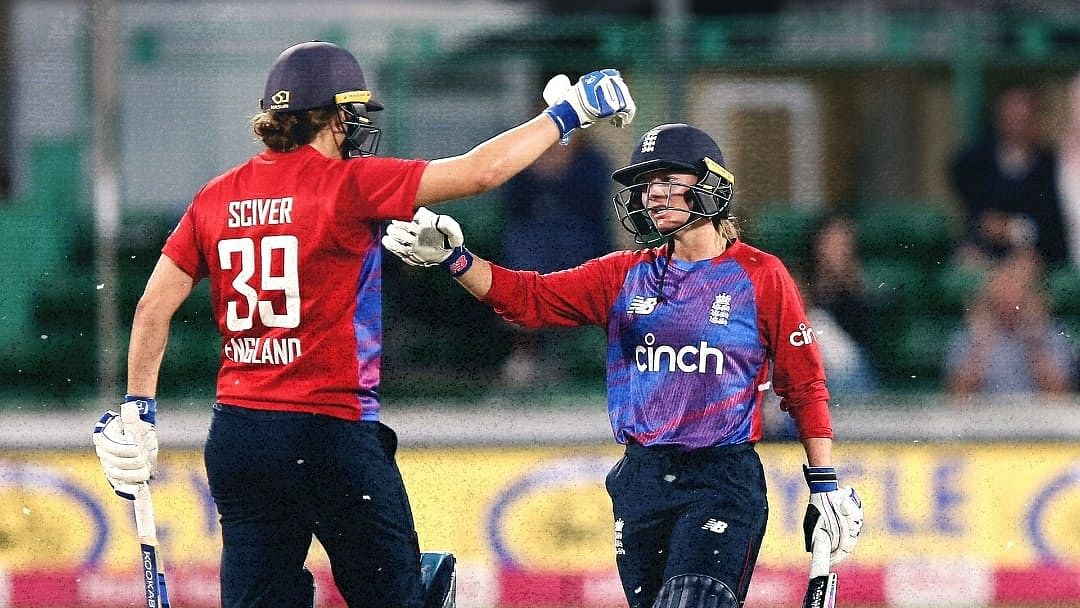 Danielle Wyatt powers England to T20 series win over India