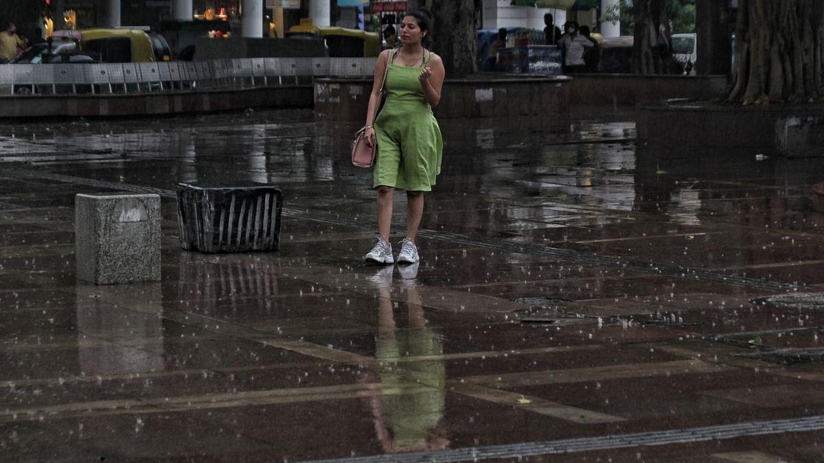 Light rains in Delhi provide respite from scorching heat