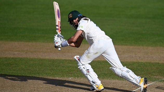 4th Test: India keeps England in check with two wickets in first session