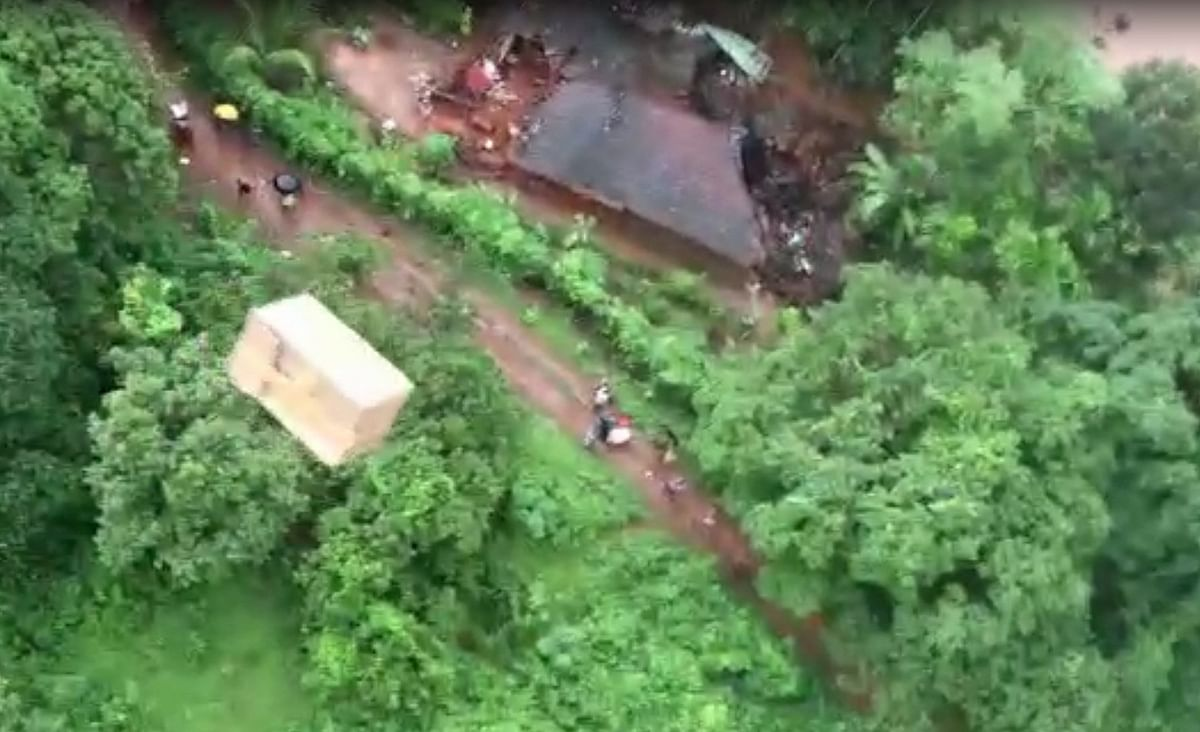Maharashtra floods: 100 dead; Army, Navy, IAF, Coast Guard deployed for rescue and relief operations