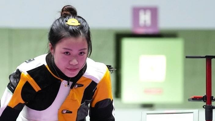 China's Yang takes 10m air rifle gold, Indian challenge fizzles out