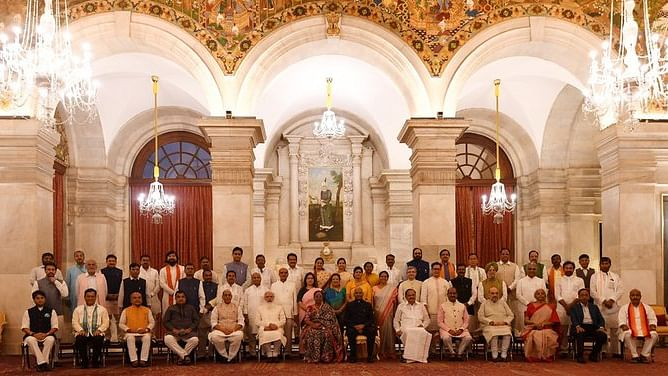 In major reshuffle, Modi inducts 36 new Ministers, promotes 7, drops 12