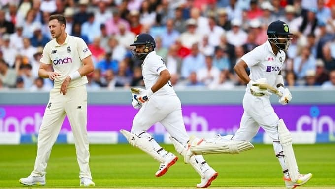 2nd Test: Rain forces early lunch, careful India reach 46/0