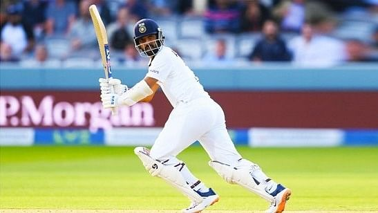 2nd Test: India takes lead but England gets three wickets
