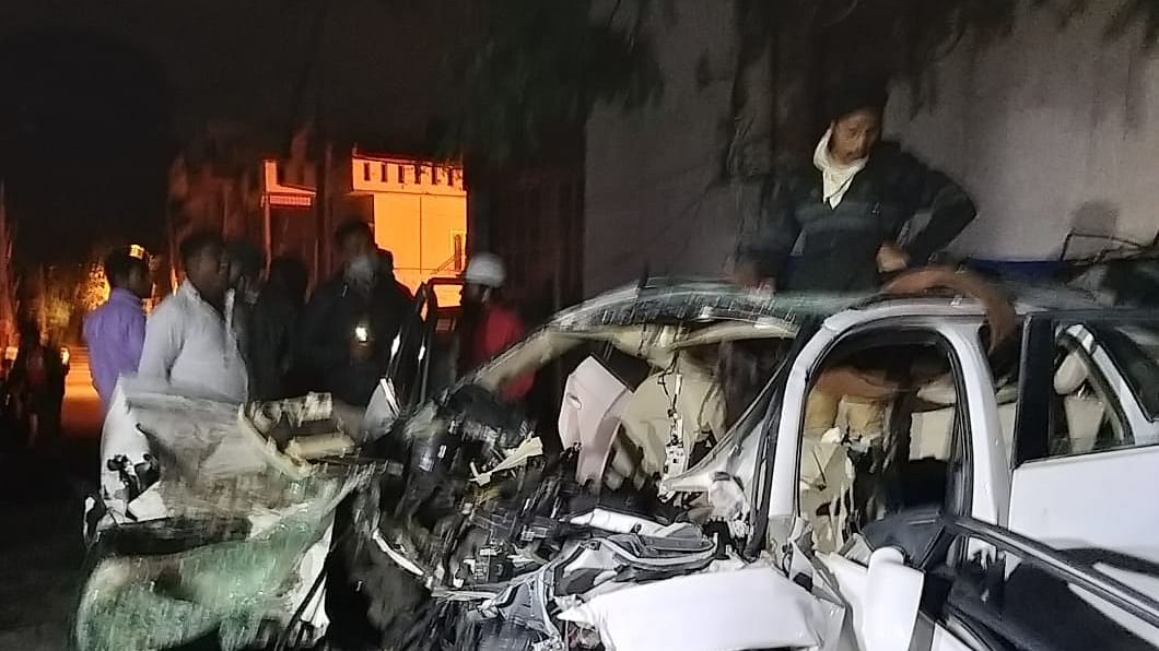 DMK MLA's son, daughter-in-law among 7 dead in Bengaluru car accident