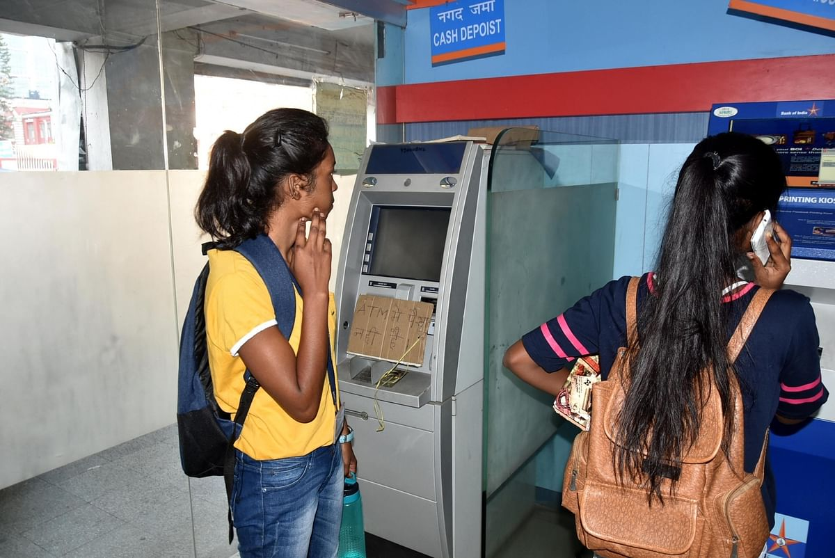 Banks to be fined for non-availability of cash in ATMs