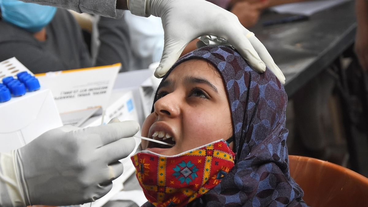 India records 380 COVID-19 deaths, 42,909 new cases of infection in last 24 hours
