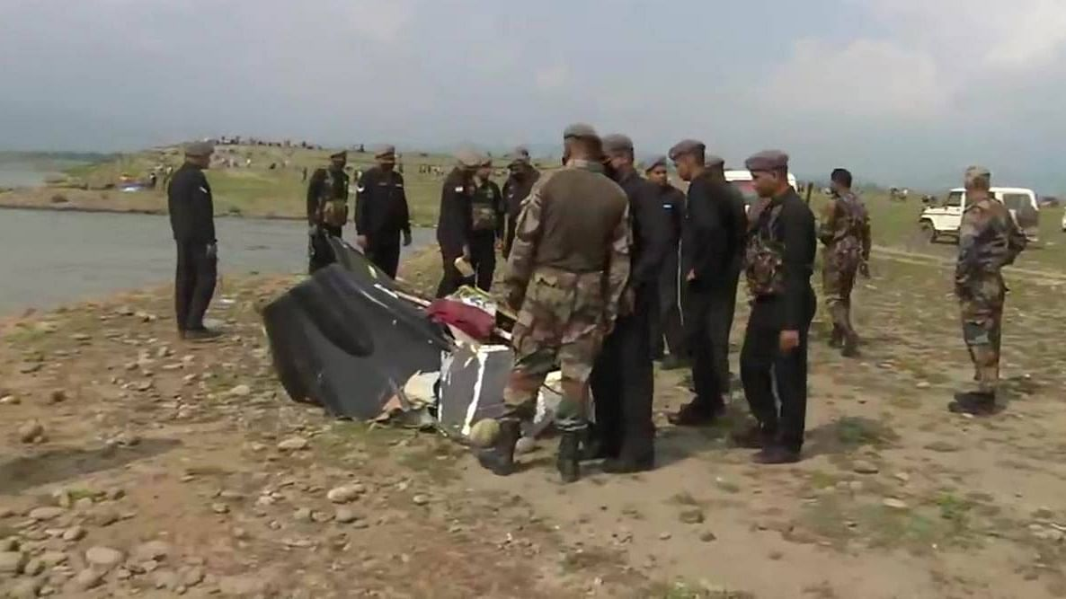 13 days after helicopter crash, body of one pilot recovered